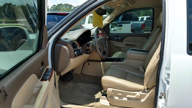 2011 Chevrolet Tahoe 4x4 LT 4dr SUV - Lumberton TX