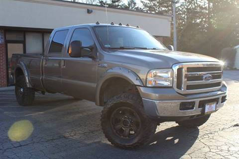 2007 Ford F-350 Super Duty XLT for sale at JZ Auto Sales in Summit IL