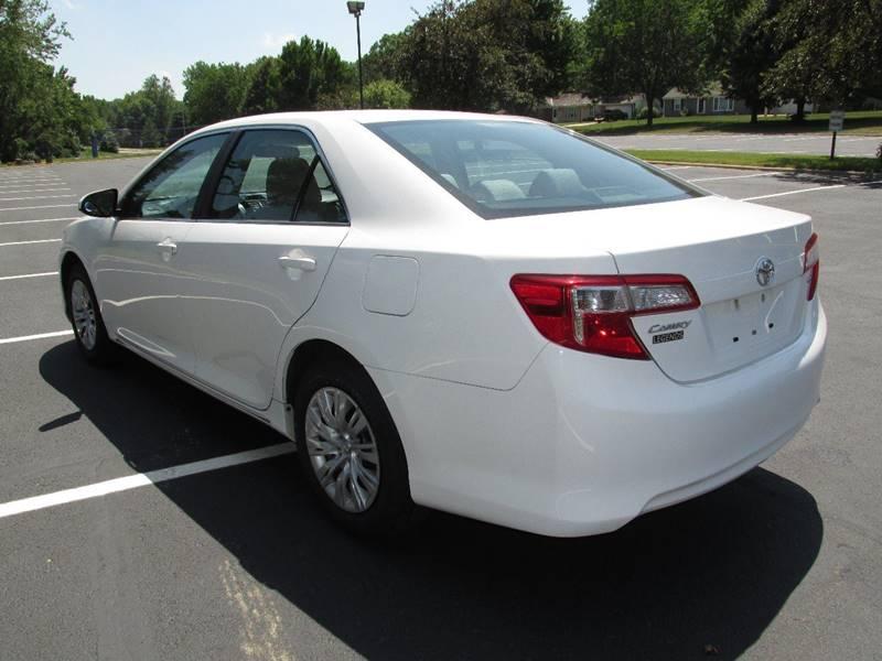2012 Toyota Camry LE 4dr Sedan - Kansas City KS