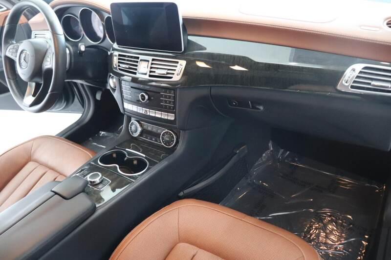 2016 Mercedes-Benz CLS CLS 400 (image 14)