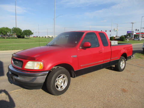 1998 Ford F-150 XLT for sale at BUZZZ MOTORS in Moore OK