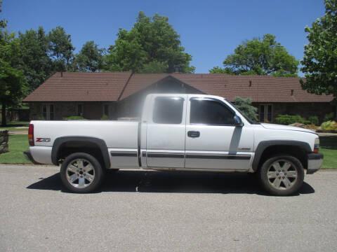 2000 Chevrolet Silverado 1500 LS for sale at BUZZZ MOTORS in Moore OK