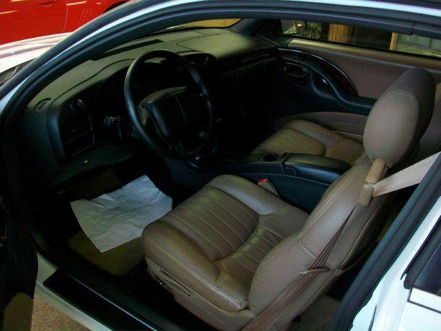1995 chevy monte carlo interior