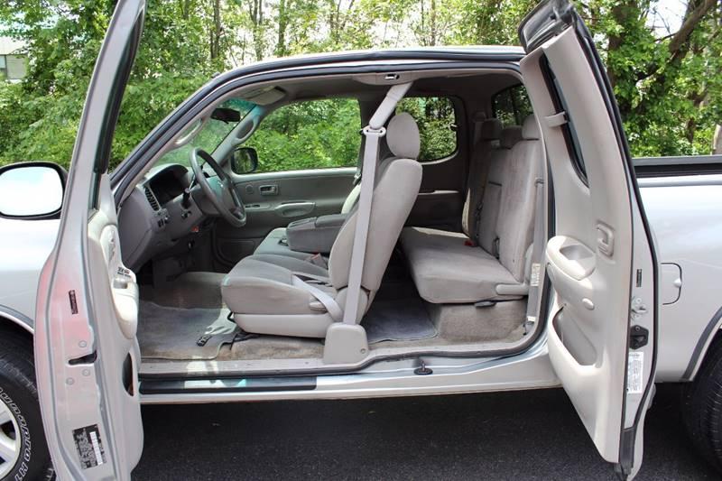 2005 Toyota Tundra 4dr Access Cab SR5 4WD SB V8 - Walpole MA