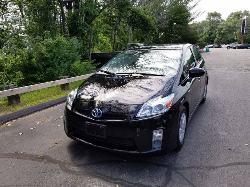 2010 Toyota Prius V 4dr Hatchback - Walpole MA