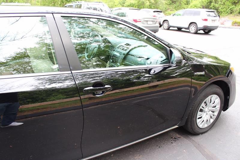 2012 Toyota Camry Hybrid LE 4dr Sedan - Walpole MA