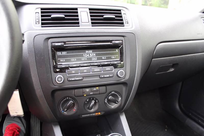 2014 Volkswagen Jetta S 4dr Sedan 5M - Walpole MA
