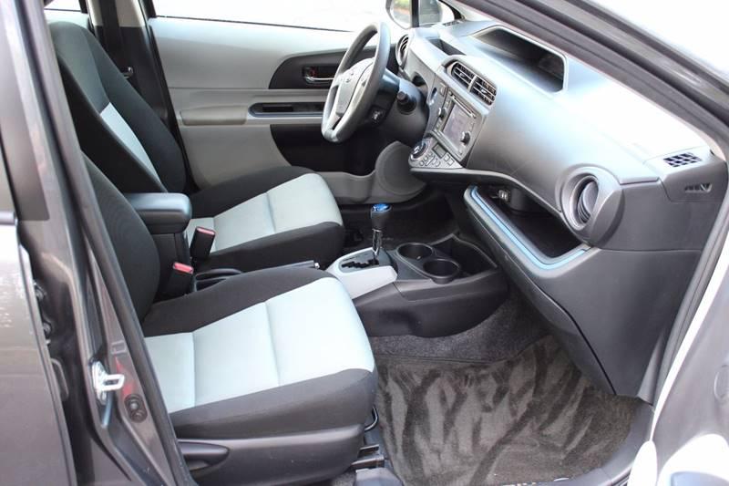 2013 Toyota Prius c Three 4dr Hatchback - Walpole MA