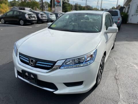 2015 Honda Accord Hybrid for sale at 1A Auto Sales in Walpole MA