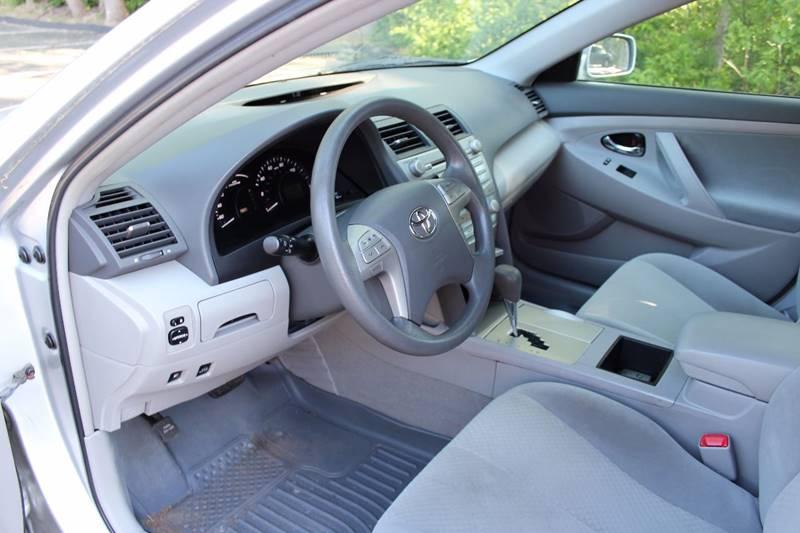 2009 Toyota Camry Hybrid 4dr Sedan - Walpole MA
