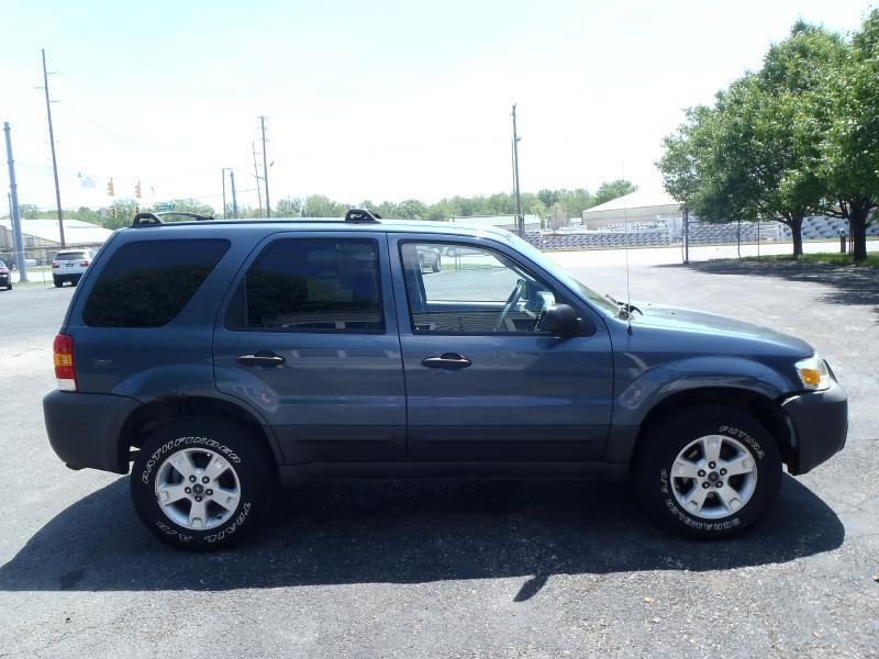 2005 Ford Escape XLT 4dr SUV - Indianapolis IN