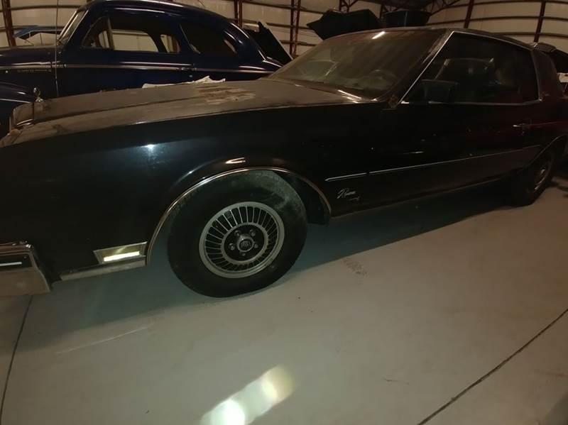 1985 Buick Riviera for sale at Classic Car Barn in Williston FL