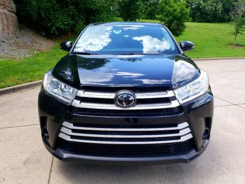 2019 Toyota Highlander LE for sale at Autogate of Nashville in Nashville TN