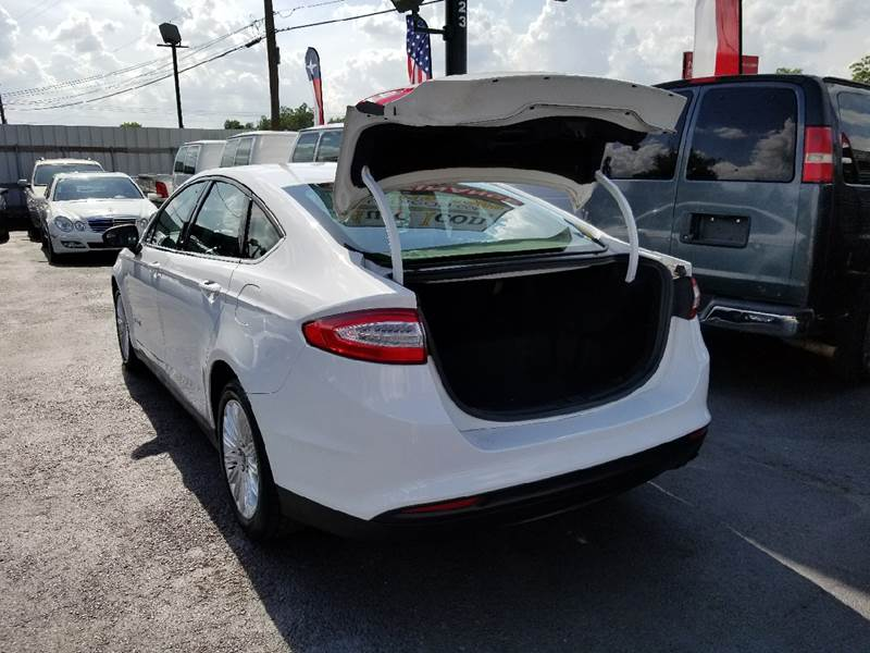 2014 Ford Fusion Hybrid S 4dr Sedan - Houston TX