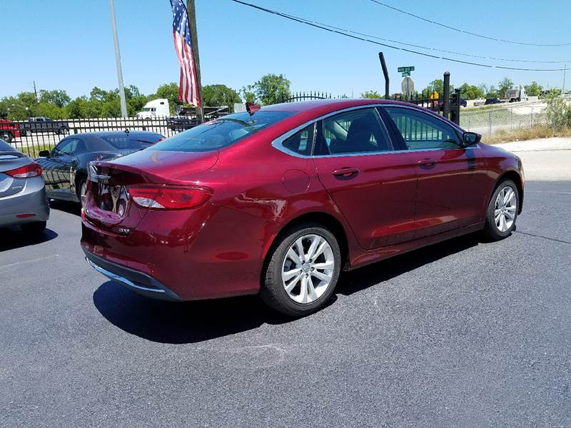 2015 Chrysler 200 Limited 4dr Sedan - Houston TX