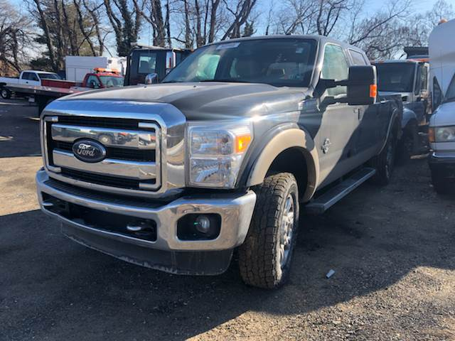 2013 ford f-350 super duty 4x4 lariat 4dr crew cab 6.8 ft. sb srw