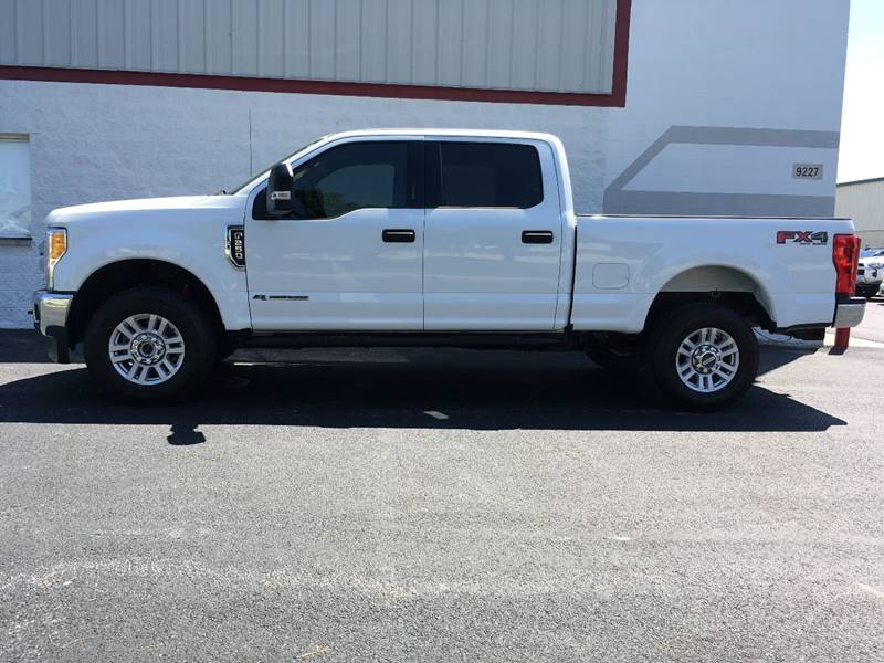 2017 Ford F-250 Super Duty for sale at Ryan Motors in Frankfort IL