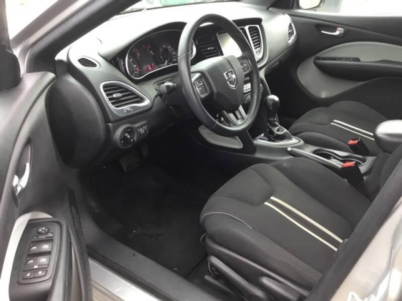 2013 Dodge Dart (image 16)