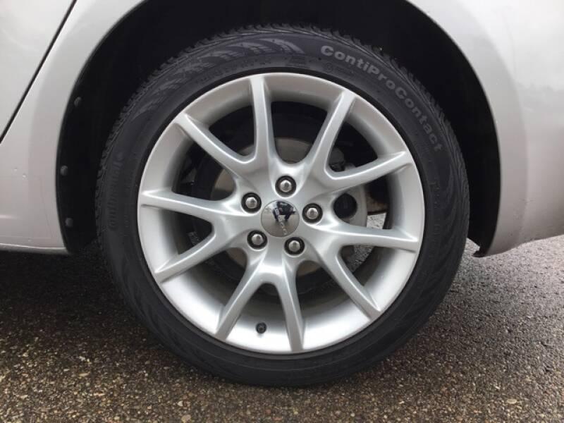 2013 Dodge Dart (image 11)