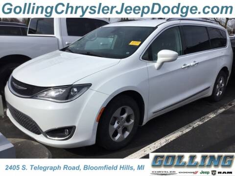 2017 Chrysler Pacifica Touring-L Plus for sale at Golling Auto Group in Waterford MI