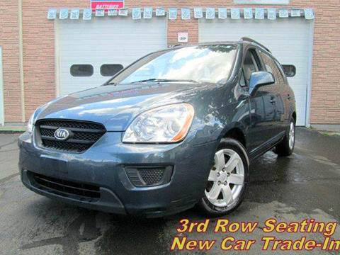 2009 Kia Rondo for sale in West Haven, CT