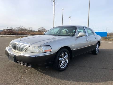 Used Lincoln Town Car For Sale In Connecticut Carsforsale Com