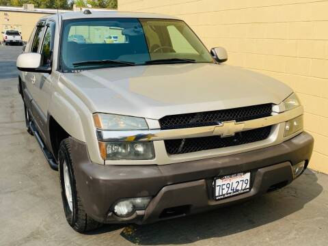 2004 Chevrolet Avalanche for sale at Auto Zoom 916 in Rancho Cordova CA