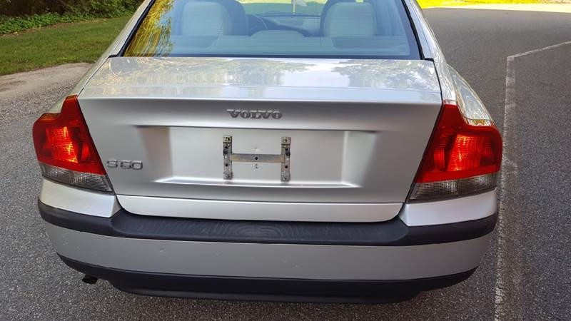 2004 Volvo S60 for sale at TAMSON MOTORS in Stoughton MA