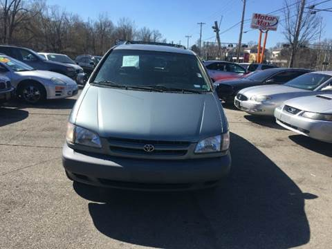 2000 Toyota Sienna for sale at Motor Max Llc in Louisville KY