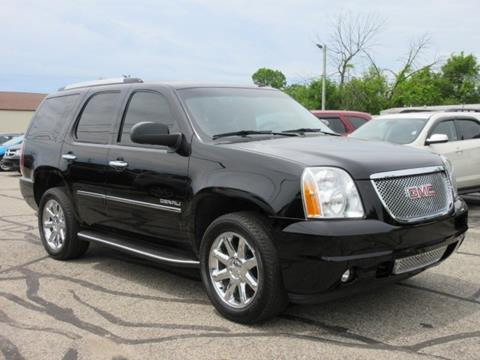 gmc new image featured yukon car autotrader large reviews review