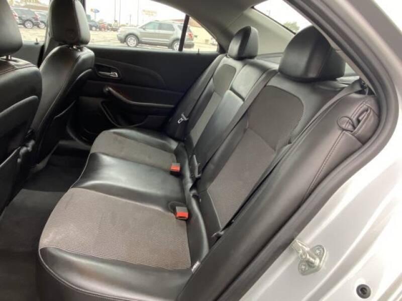 2013 Chevrolet Malibu LT 4dr Sedan w/2LT - Saint Louis MI