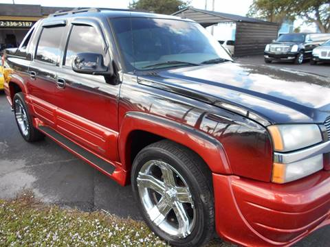 2006 Chevrolet Avalanche for sale at Celebrity Auto Sales in Port Saint Lucie FL
