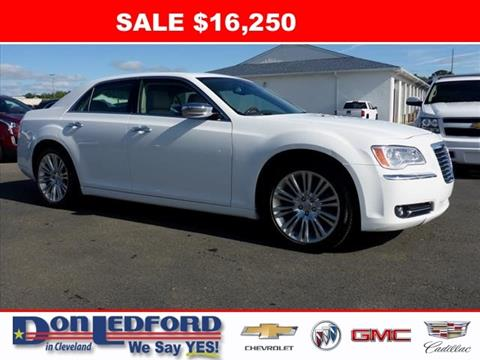 2011 Chrysler 300 for sale in Cleveland TN