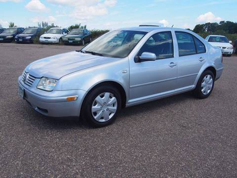 2002 Volkswagen Jetta for sale at Quinn Motors in Shakopee MN