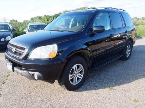 2005 Honda Pilot for sale at Quinn Motors in Shakopee MN