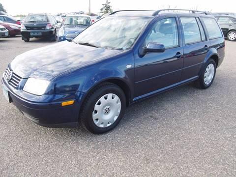 2002 Volkswagen Jetta for sale at Quinn Motors in Shakopee MN