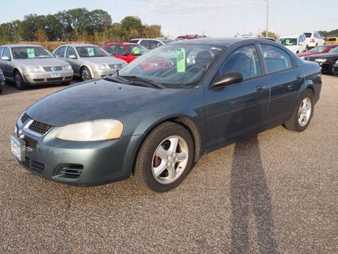 2005 Dodge Stratus for sale at Quinn Motors in Shakopee MN