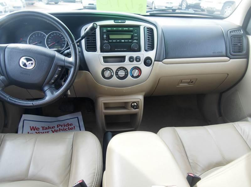 2004 Mazda Tribute for sale at Quinn Motors in Shakopee MN