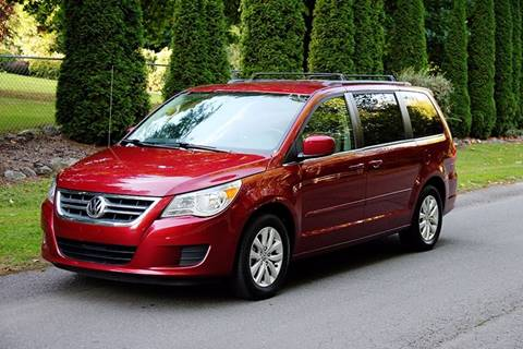 2012 Volkswagen Routan for sale in Kirkland, WA