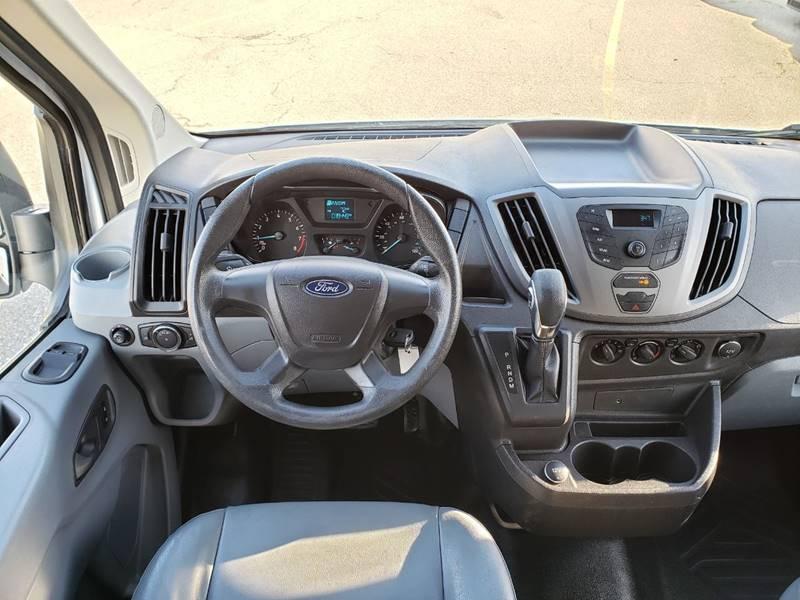 2018 Ford Transit Cargo 250 (image 12)