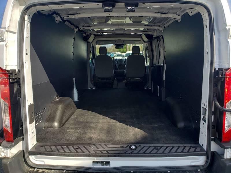 2018 Ford Transit Cargo 250 (image 20)