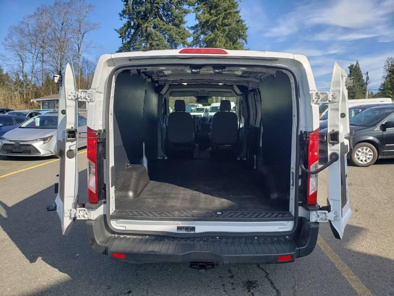 2018 Ford Transit Cargo 250 (image 21)