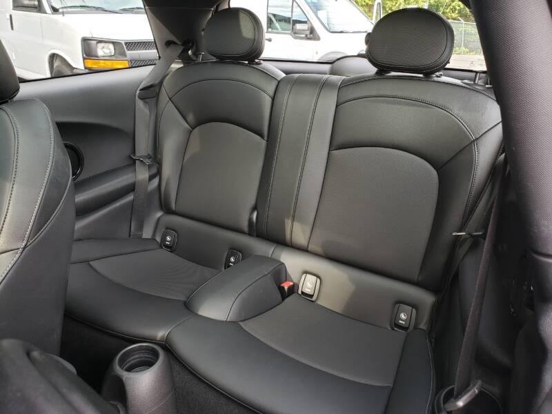 2018 MINI Hardtop 2 Door Cooper S 2dr Hatchback - Kirkland WA