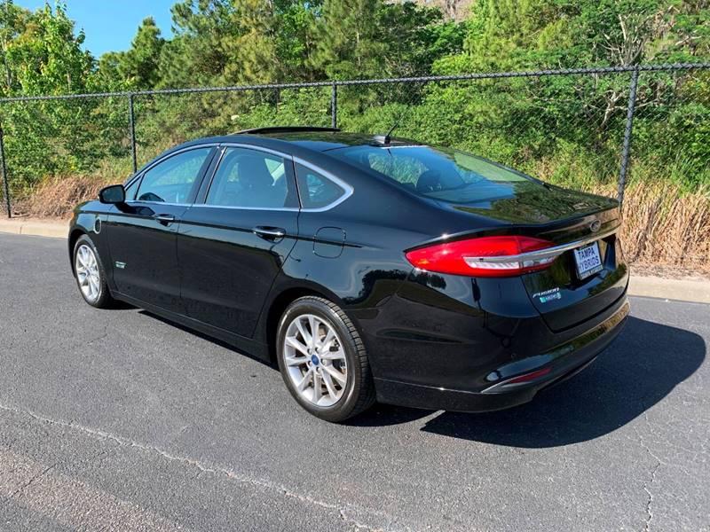 2017 Ford Fusion Energi SE Luxury (image 4)