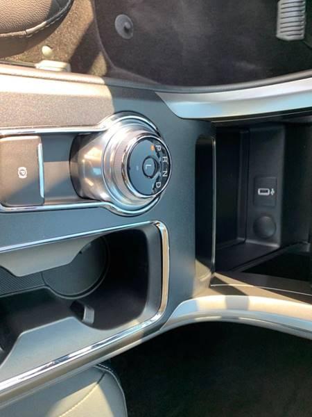 2017 Ford Fusion Energi SE Luxury (image 14)