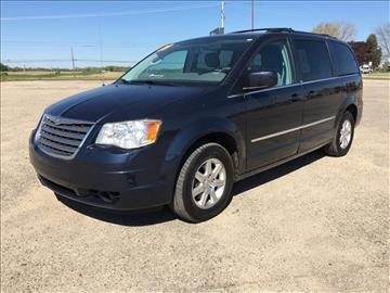 2009 Chrysler Town and Country for sale in Alma, MI