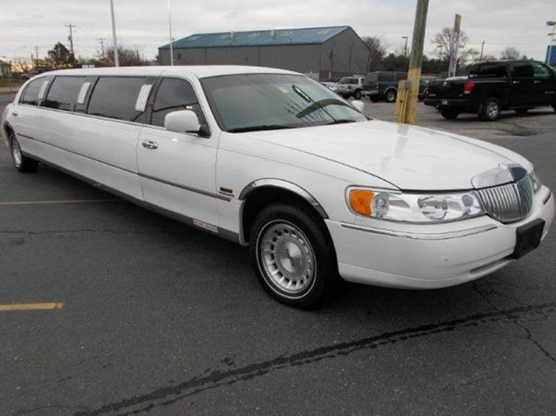 1999 Lincoln Town Car Limousine In New Castle De Delaware Public