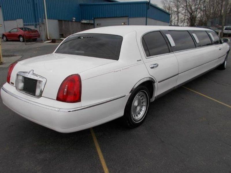 1999 Lincoln Town Car Limousine In New Castle De Delaware Public