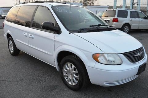 2003 Chrysler Town and Country for sale in New Castle, DE