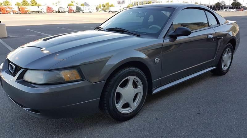 Used Cars in Las Vegas 2004 Ford Mustang